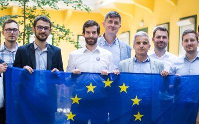 Találkozott a Mentsétek meg Romániát Szövetség és a Momentum