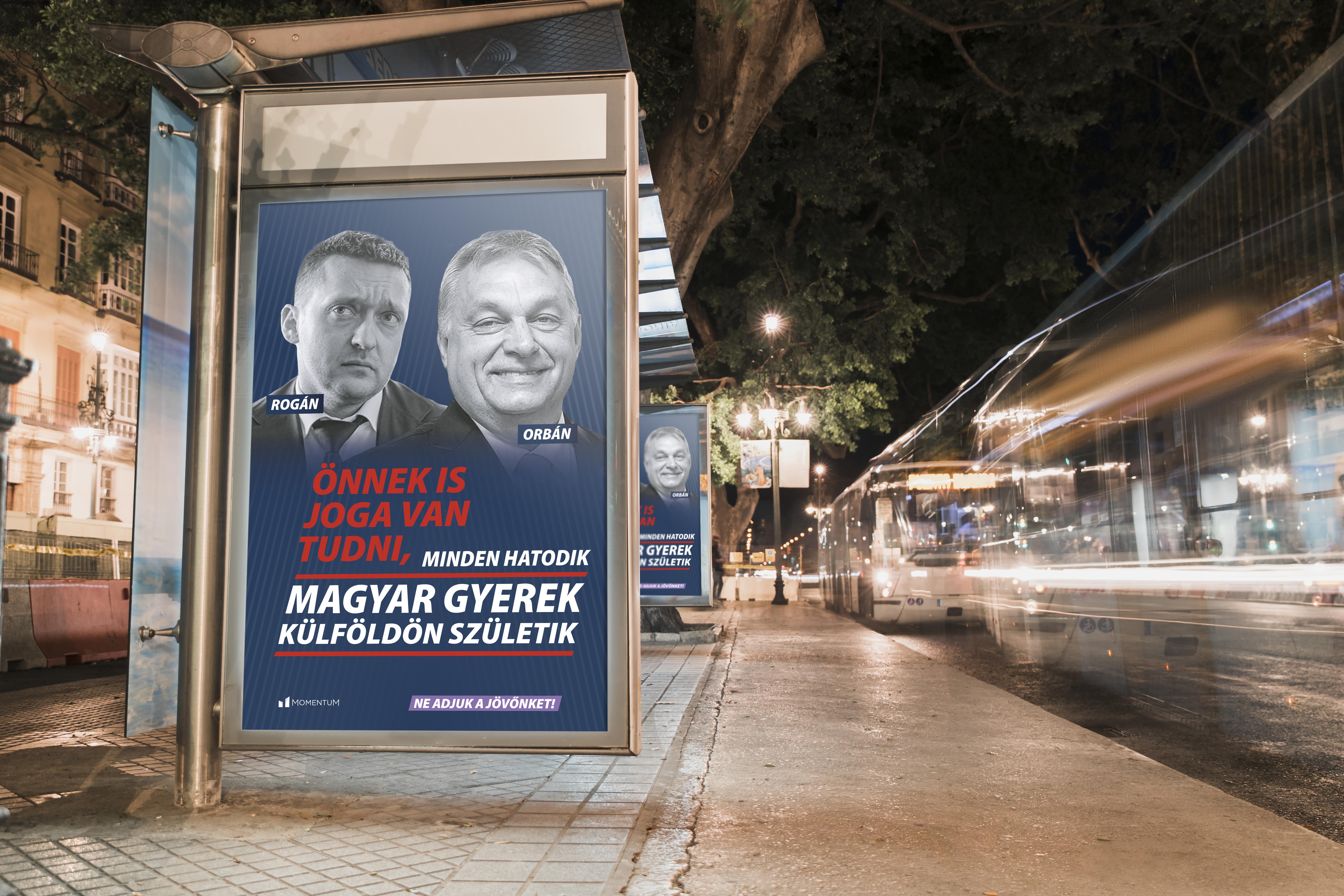 Kormányplakátok a buszmegállóban