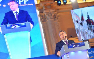 A Fidesz túl kínos lett Európában